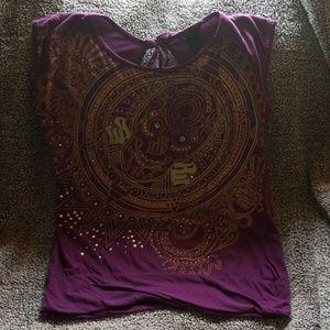 Womens Rocawear purple & gold tshirt XL